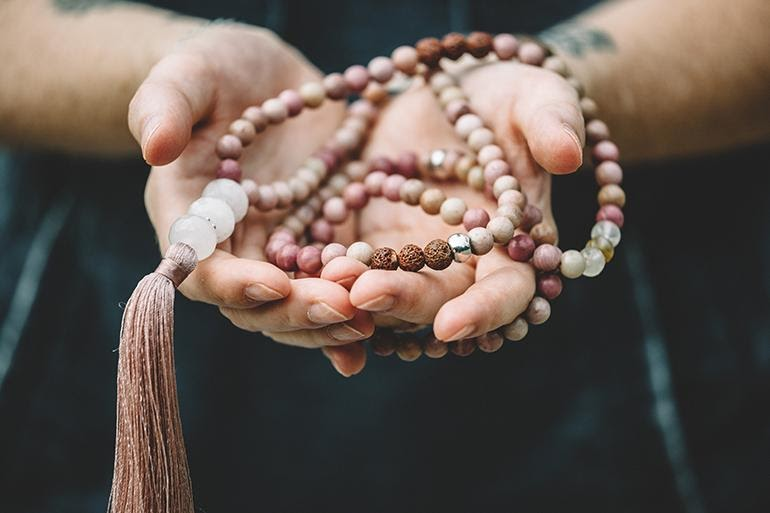 Tan mixed mala beads